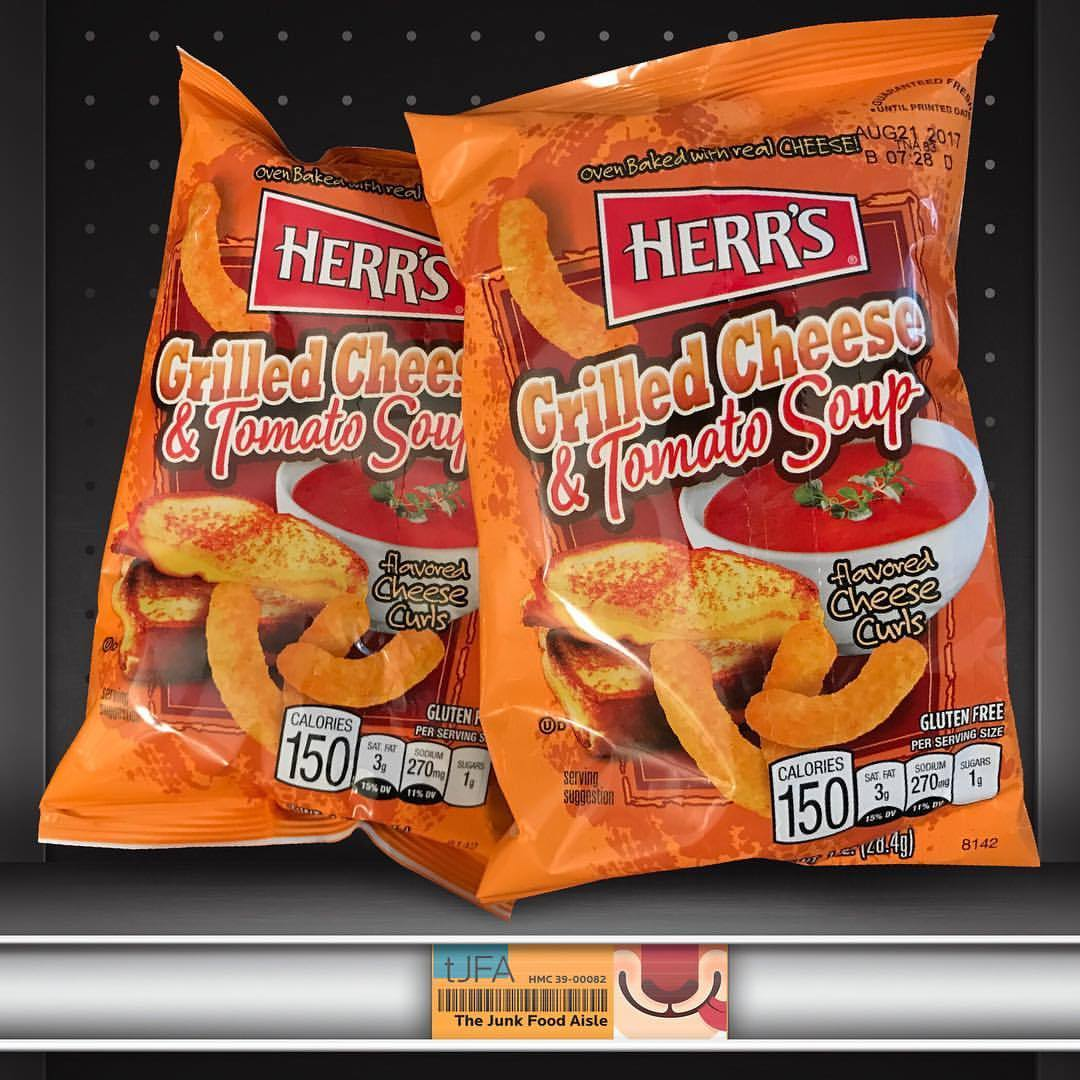 Herrs Grilled Cheese Tomato Soup Flavored Curls